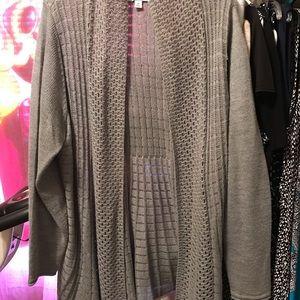 Sweaters - Women's KimRogers Cardigan Grey size 1X New Condit